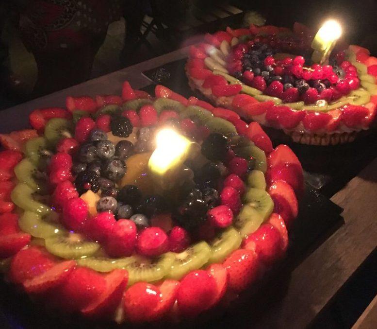誕生日ケーキとろうそく