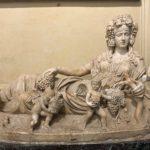 statue_signora_fruit