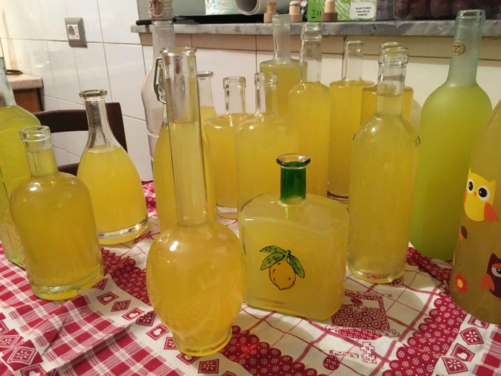 イタリアのお酒レモンチェッロ